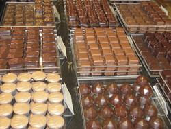 présentation des chocolats dans de magasin - Voir en grand