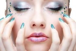 Pose de faux ongles en gel - Pose de faux ongles - Institut de beauté Lisa - Voir en grand