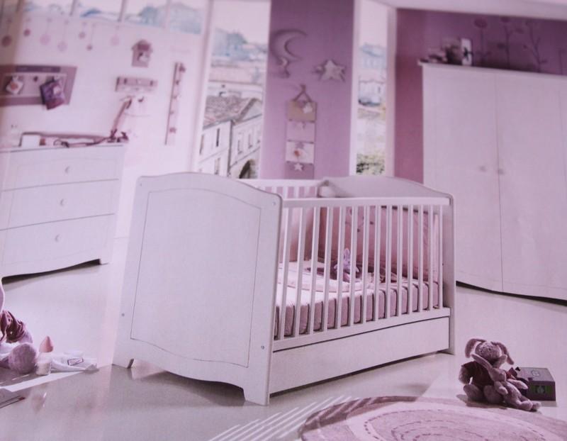 les lits mobilier sauthon et b b lune autour de bebe starjouet. Black Bedroom Furniture Sets. Home Design Ideas