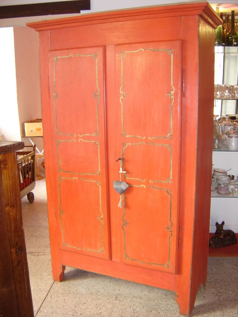 armoire d 39 uzes vendue l atelier du rat d 39 acier. Black Bedroom Furniture Sets. Home Design Ideas