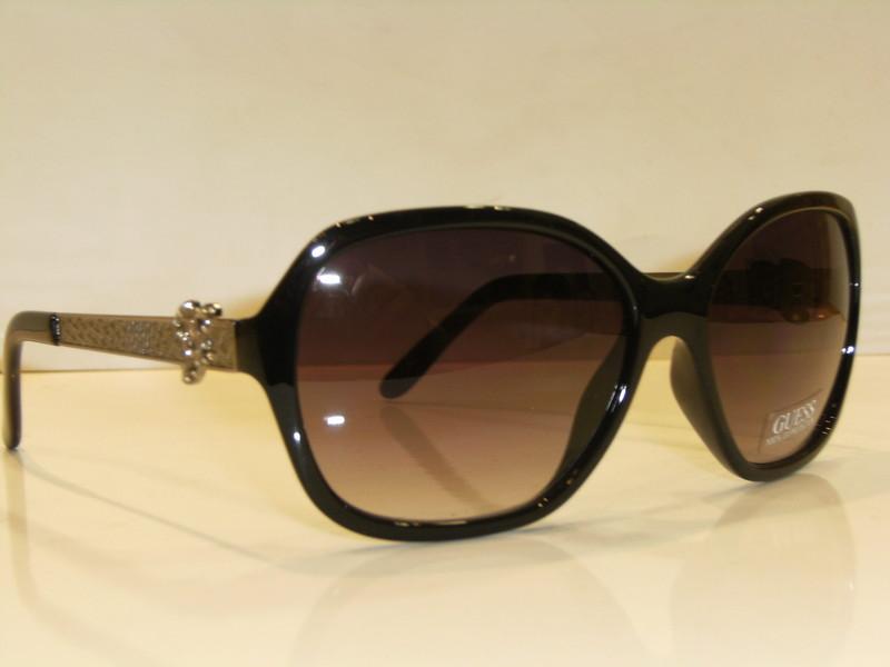 lunettes de soleil guess 7113 optique 21. Black Bedroom Furniture Sets. Home Design Ideas