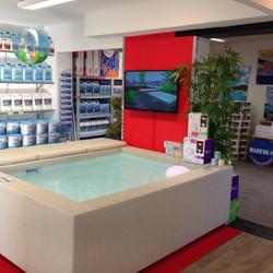Materiels produits et accessoires piscines laghetto for Accessoire piscine ales