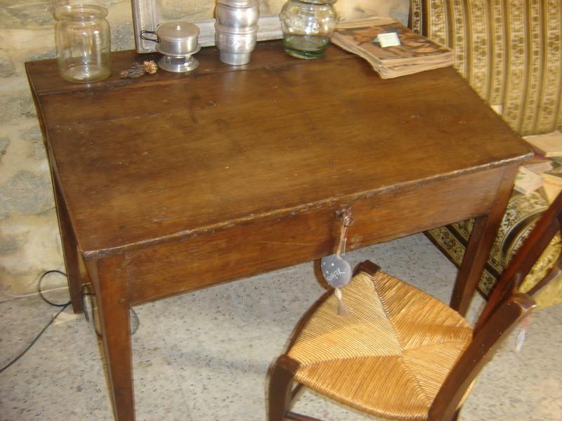 bureau critoire vendu l atelier du rat d 39 acier. Black Bedroom Furniture Sets. Home Design Ideas