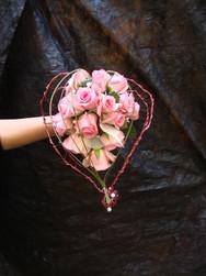 bouquet de mariée original rose rose  - Voir en grand