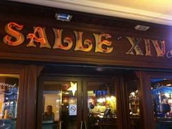 Découvrir nos débuts - Connaitre l'histoire de notre commerce - la grande brasserie restaurant  Salle 14 - Voir en grand