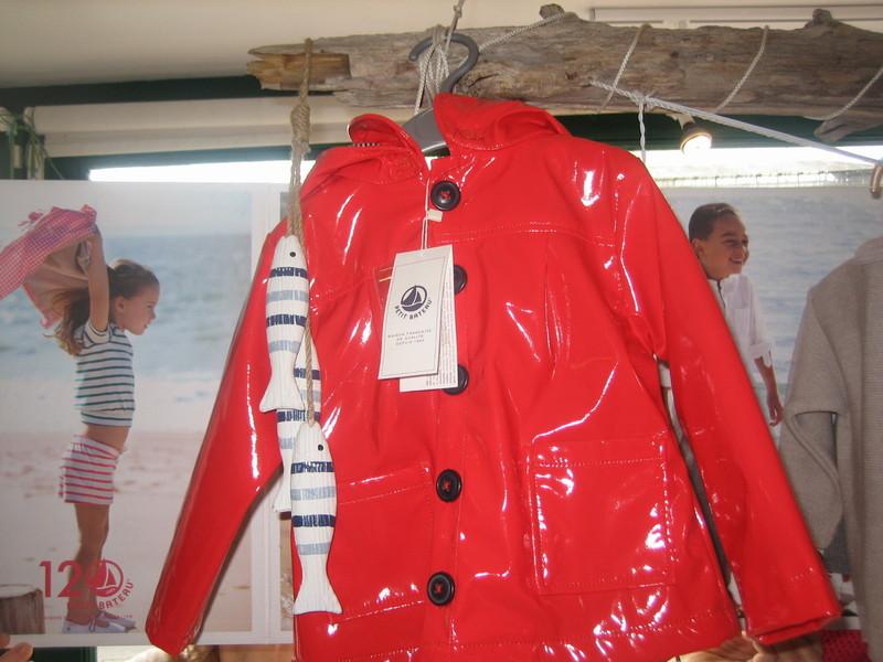 cir rouge petit bateau collection ete 14 l 39 ile o 39 lutins. Black Bedroom Furniture Sets. Home Design Ideas