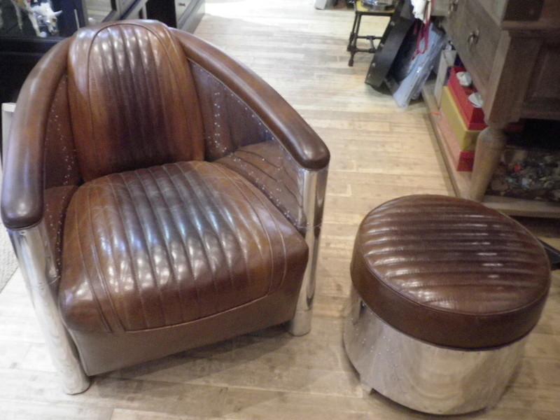 Pouf repose pied rond cuir marron vintage et m tal dc3 antan et neo - Fauteuil club cuir et metal ...