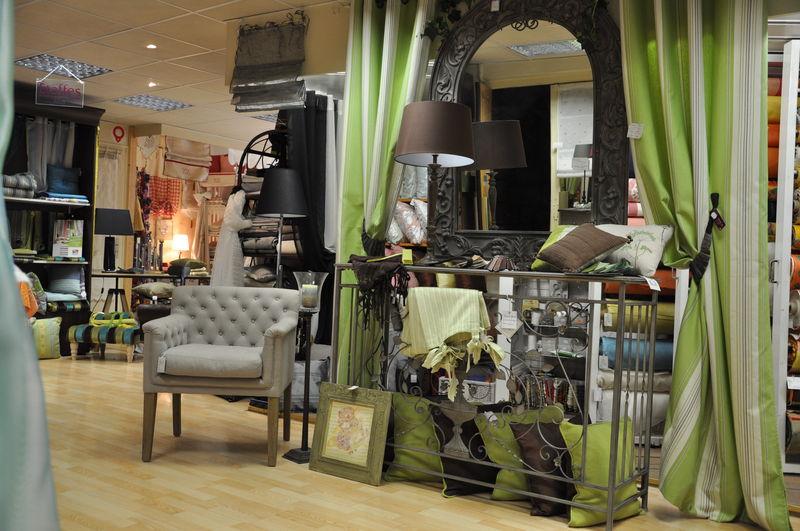 beylie decoration d 39 interieur rideaux linge de maison beylie decoration rideaux. Black Bedroom Furniture Sets. Home Design Ideas