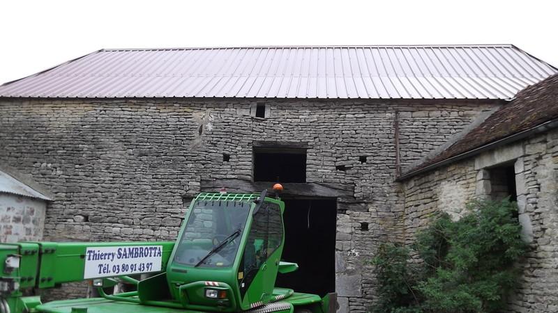 Refection d 39 une toiture en tuiles mecanique ent thierry sambrotta macon - Prix d une refection de toiture ...