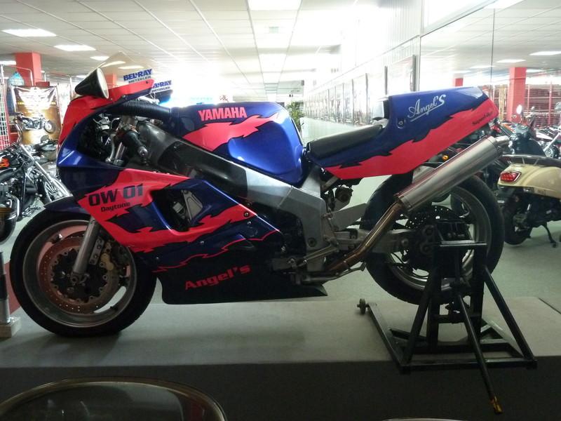 Yamaha 750 ow01 de 1989 angel 39 s motos dijon angel 39 s for Accessoire piscine dijon