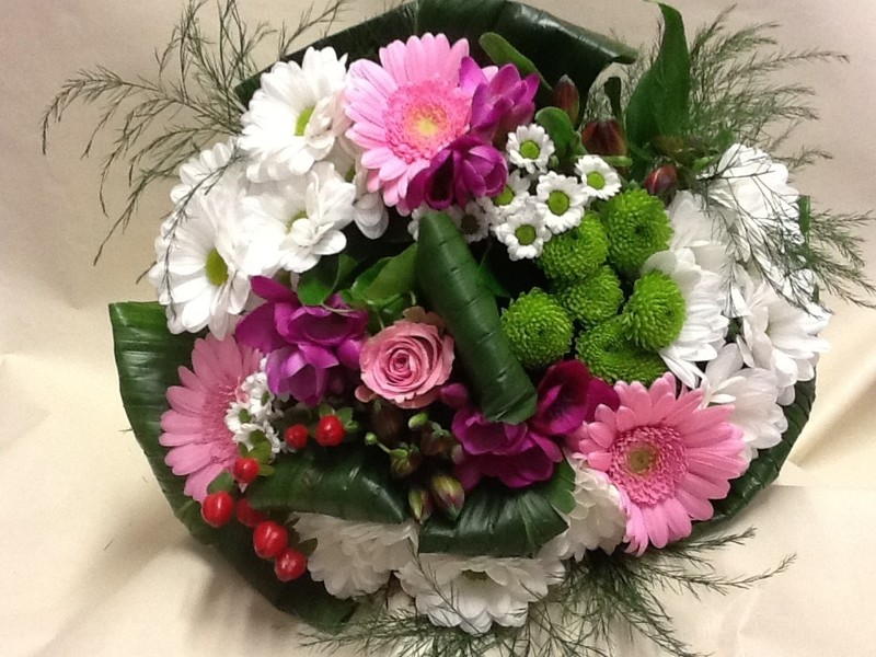 Bouquet rond moirans bouquet de fleur moirans fleuriste for Bouquet fleuriste