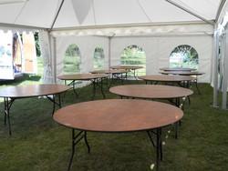 location Table ronde 8 personnes - Voir en grand