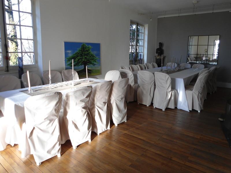 Location chaise et housse de chaise rhonealp 39 abris - Housse de chaise beige ...