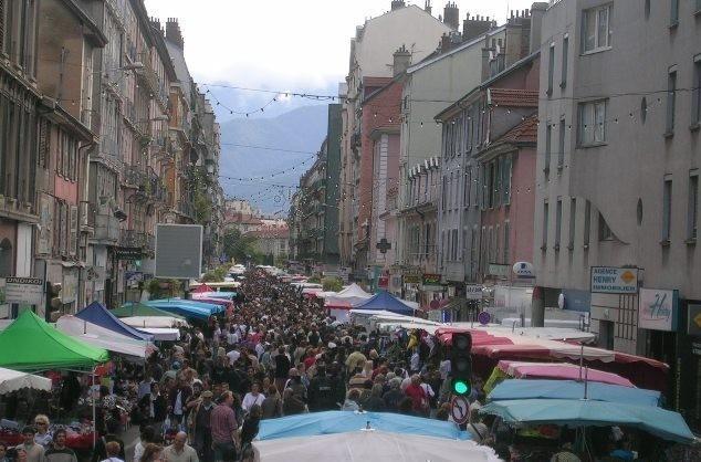 Braderie Grenoble Centre Ville