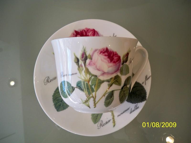 Porcelaine roy kirkham rose redout burdet salon de the - La redoute vaisselle ...