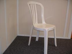 location Chaise PVC blanche - Voir en grand