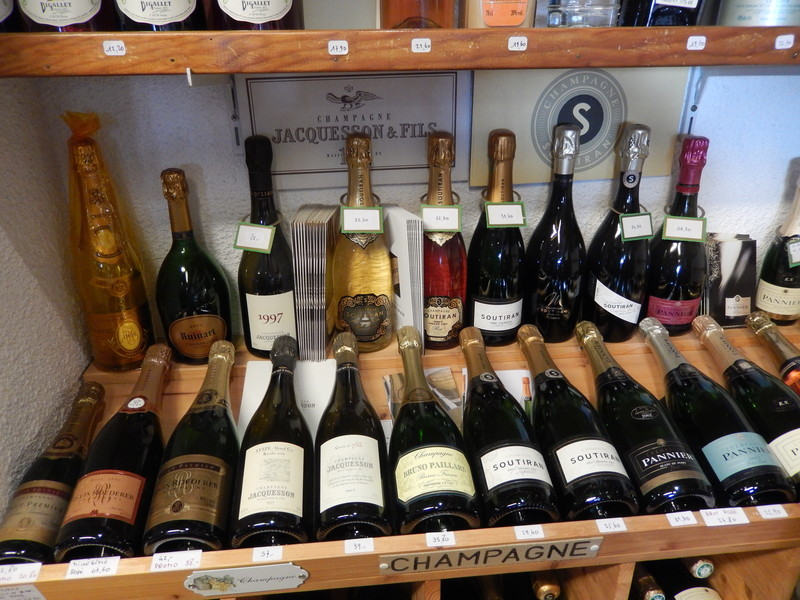 les vins de champagne achat grenoble. Black Bedroom Furniture Sets. Home Design Ideas