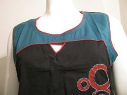 tee shirt ethnique rond noir et petrole couleur du monde - Voir en grand
