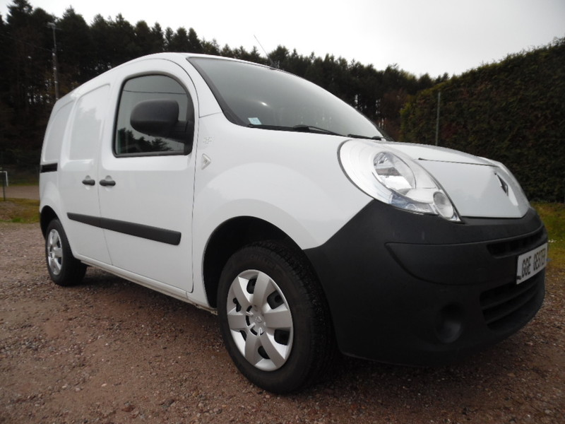 renault kangoo ii ste 1 5 dci 90 extra 2 places 59500 kms garage gester vente de voitures d. Black Bedroom Furniture Sets. Home Design Ideas
