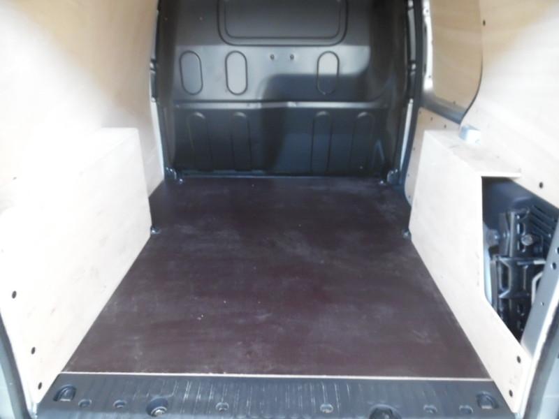 Renault kangoo ii ph2 ste 1 5 dci 90 pro 3 places 18414 for Garage seat vosges
