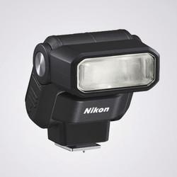 NIKON SB 300 - FLASH - Photo Quaranta - Voir en grand
