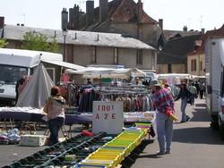 Marché de Saint Pierre le Moutier 3