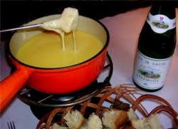 Spécialités de Savoie: raclette/tartiflette/fondue... - Fondue, raclette, tartiflette... - Les pieds sous la table