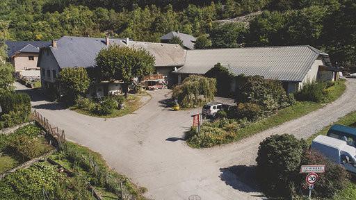 DOMAINE BERTHOLLIER SAVOIE : LE DOMAINE - Voir en grand