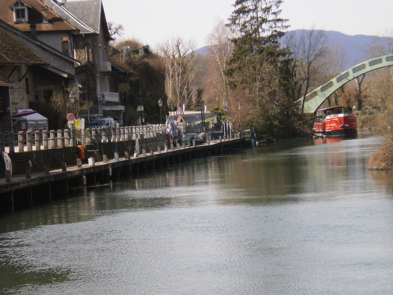 CANAL DE CHANAZ SAVOIE BATEAUX A ROUES - Voir en grand