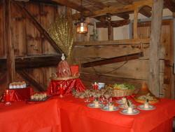 Buffet froid/campagnard/traiteur - buffet froid - Les pieds sous la table - Voir en grand