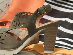 Chaussures avec semelle épaisse MAMZELLE - Voir en grand