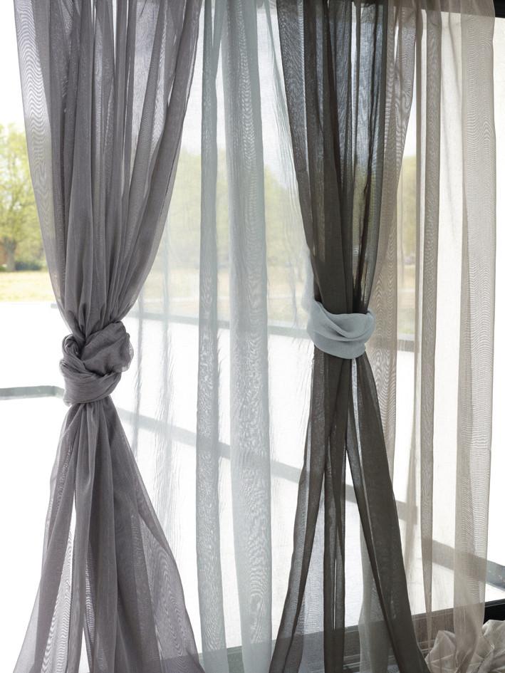 Voilage tamine vitrage rideau contre la vitre - Voilage vitrage sur mesure ...