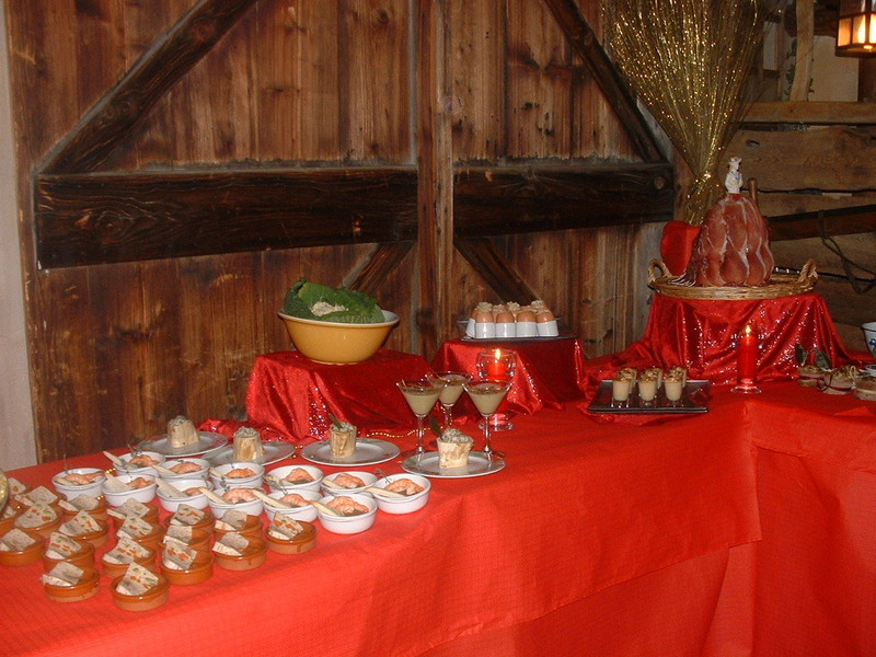 buffet 002.jpg - Voir en grand