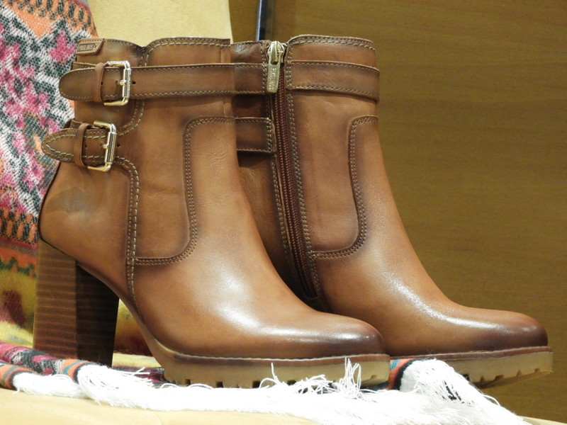 Chaussures à talon cuir marron PIKOLINOS - Voir en grand