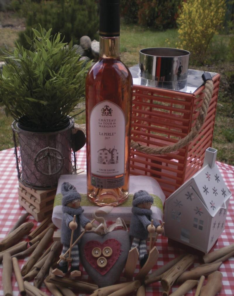 Rosé bio Haute Savoie Tour de Marignan 75 CL AOP - Vins bio Domaine Tour Marignan Haute Savoie - FLORISIM - Voir en grand