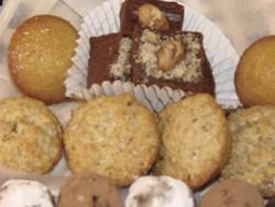 Fondant chocolat et petits gâteaux à la noisette - Voir en grand