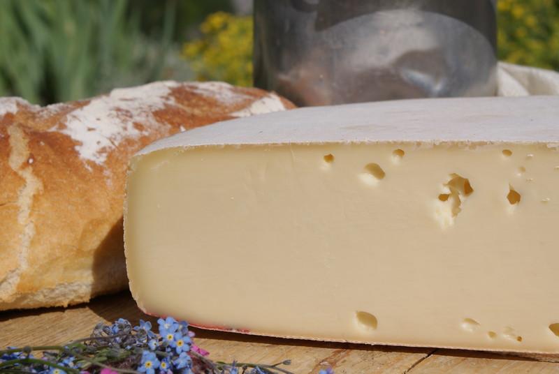 Raclette de Savoie au lait cru - Voir en grand