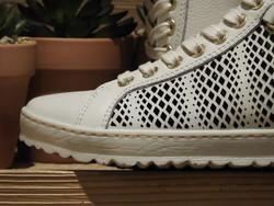 Chaussures printemps en cuir perforé avec zip PIKOLINOS - Voir en grand