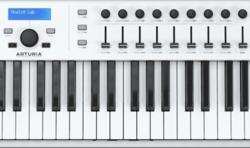 Clavier maître Arturia ESSENTIAL-88-3 - Voir en grand