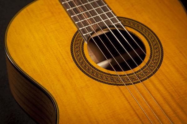 Guitare Classique Takamine GC3NAT-3 - Voir en grand