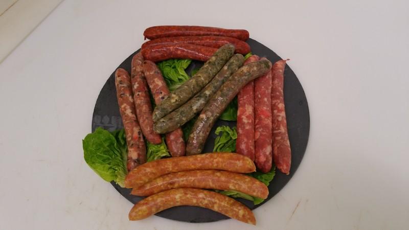 Assortiments de saucisses maison - Boucherie RIBES.jpg - Voir en grand