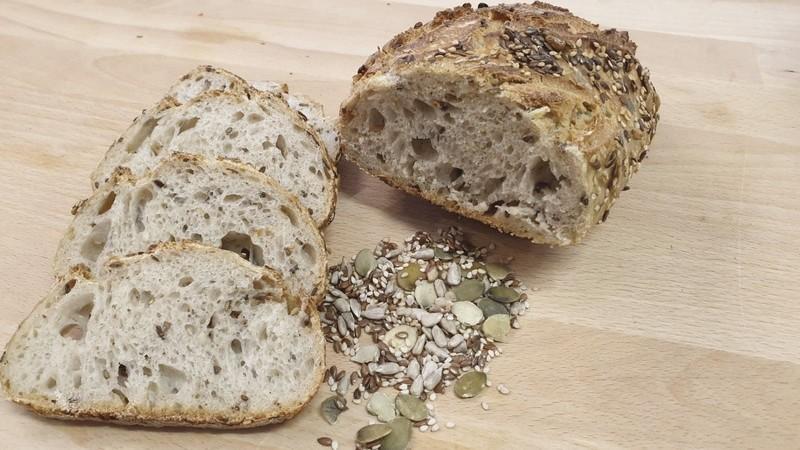 Pain multi graines - Boulangerie - LA BIOLANGERIE - Voir en grand
