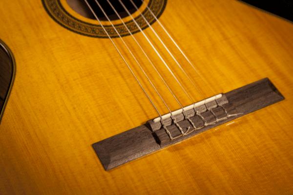 Guitare Classique Takamine GC3NAT-2 - Voir en grand