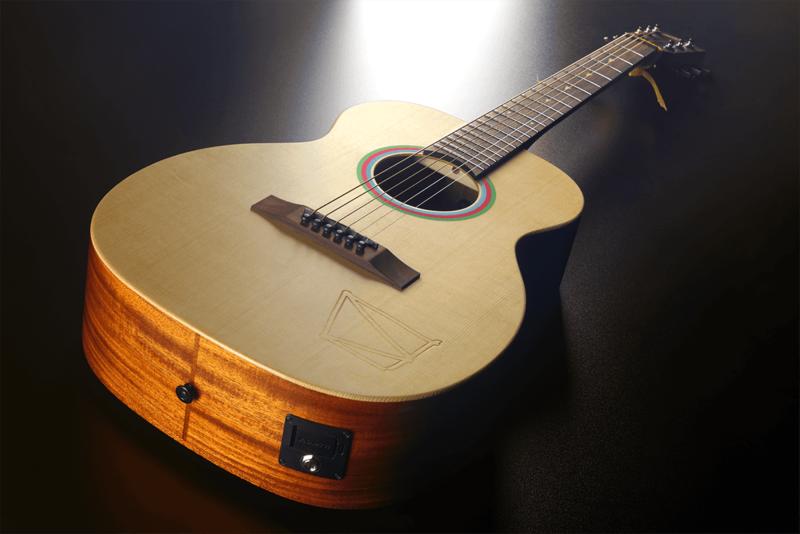 Guitare Lâg Travel Signature VIANNEY VIAN-001-6 - Voir en grand