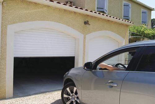 Porte de garage sur mesure - Voir en grand
