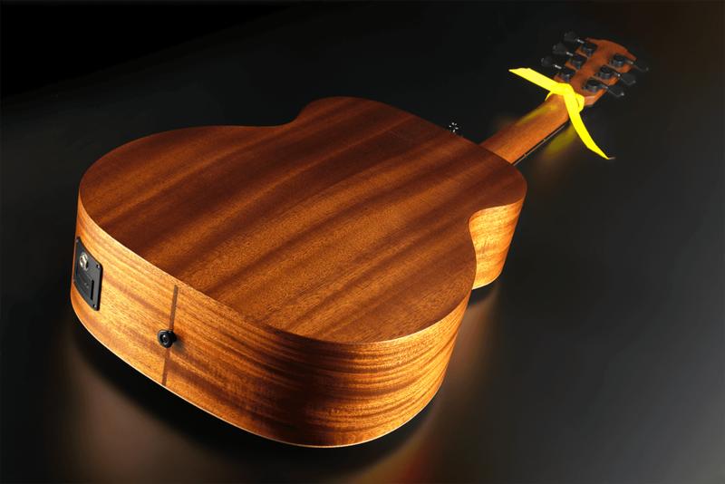 Guitare Lâg Travel Signature VIANNEY VIAN-001-10 - Voir en grand