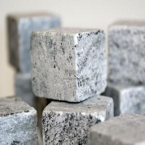8-pierres-a-whisky-scandinaves-glacons-en-pierre.jpg - Voir en grand