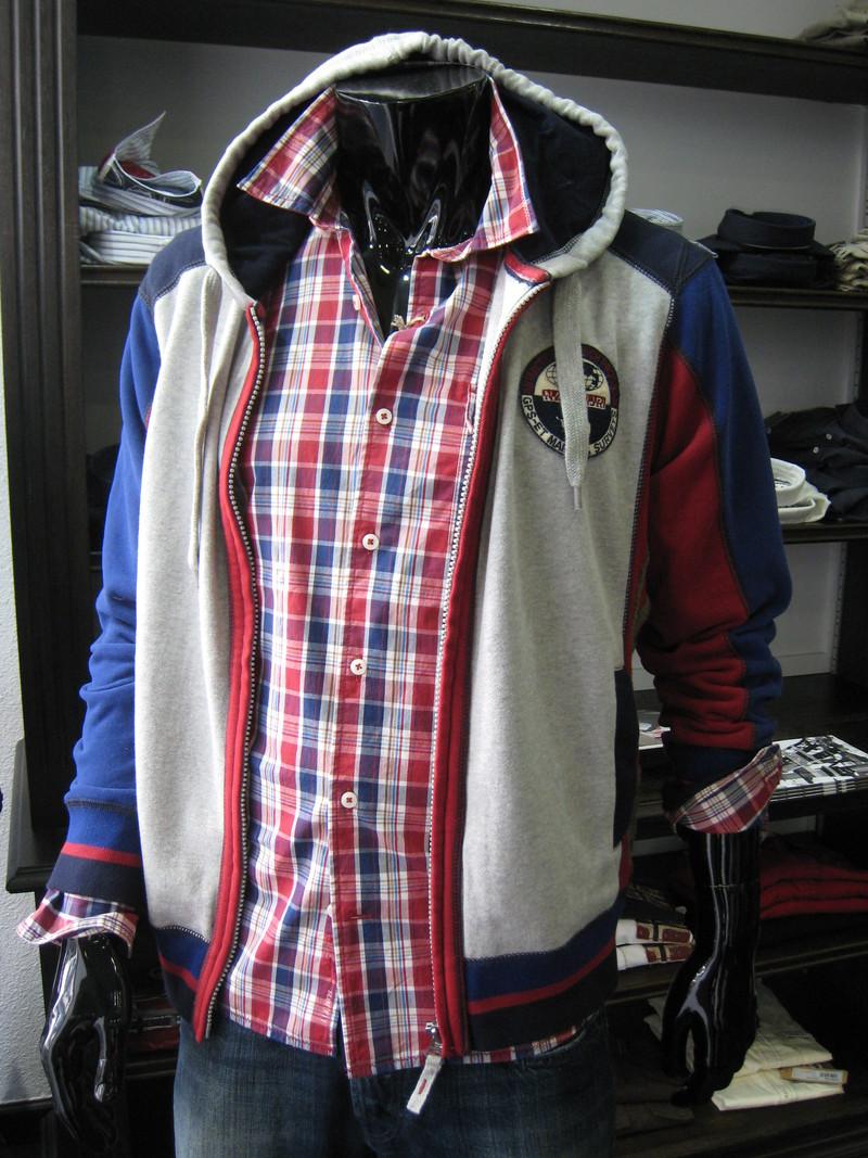 R95 TH - N.Z.A - NAPAPIJRI -  - UNION JACK - Vêtements pour Hommes - Voir en grand