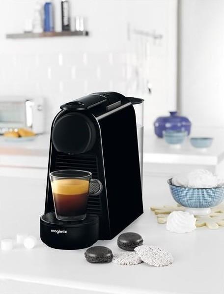 NESPRESSO ESSENZA MINI - MAGIMIX - MACHINE A CAFE - GALLAZZINI - Arts de la table et de la Cuisine - Voir en grand
