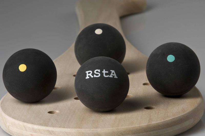 104 Pelote gomme noire RSTA - Pelotes - SARL PERRY - Fabricant - Meubles - Cuisines - Palas RSTA  - Voir en grand